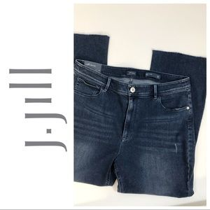 J JILL KICK FLARE WAVERLY WASH SIZE 12 ANKLE JEANS